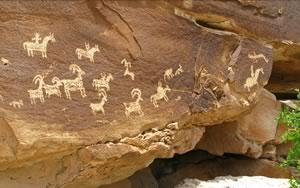 If you know where to go--and we do--you can see some amazing rock art. We'll help you find hidden treasures like this.